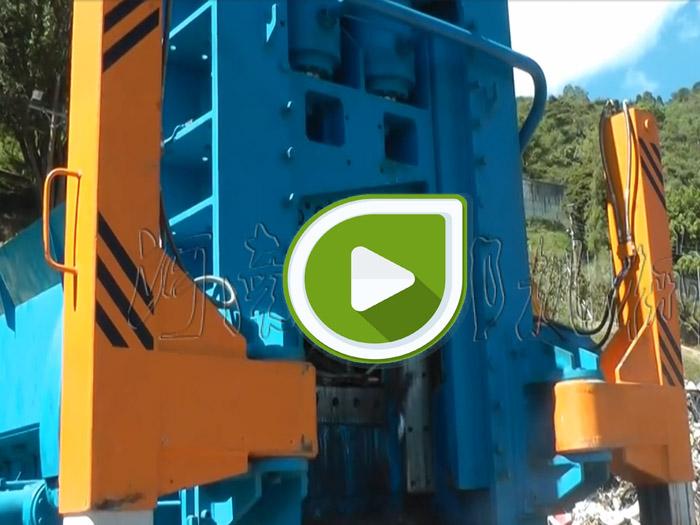 800吨废钢打包剪剪切生活废钢视频